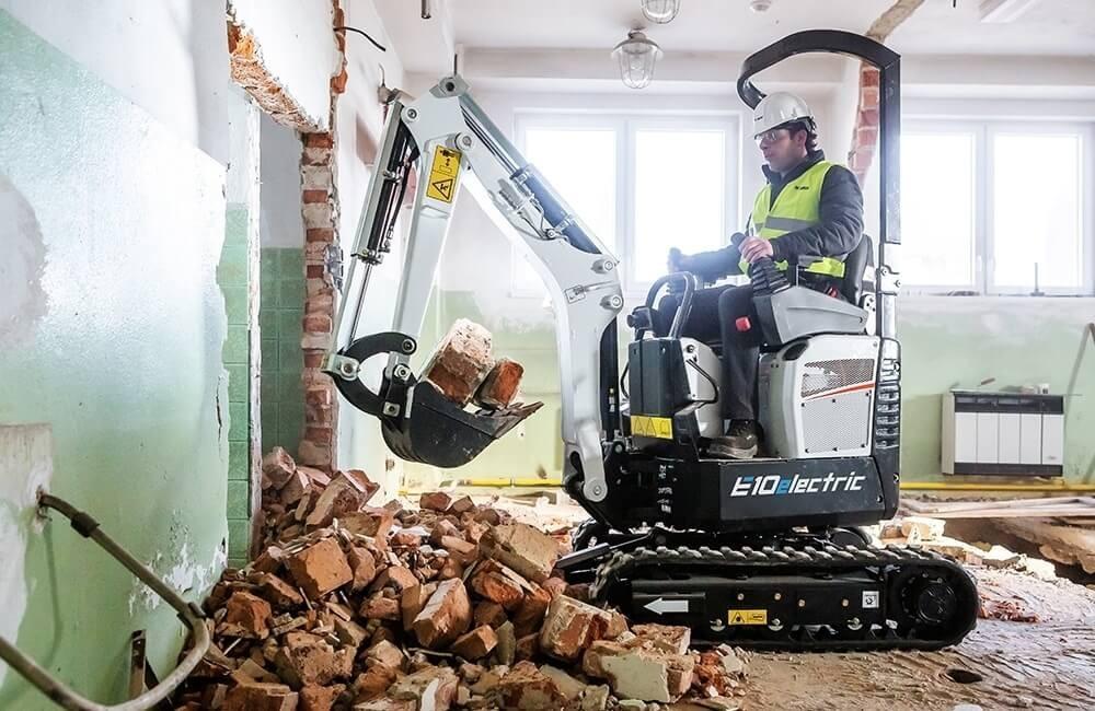 Excavator electric Bobcat E10e
