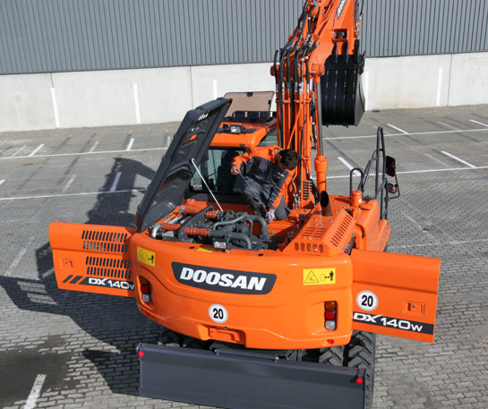 Excavator roti Doosan utilaje constructii ircat