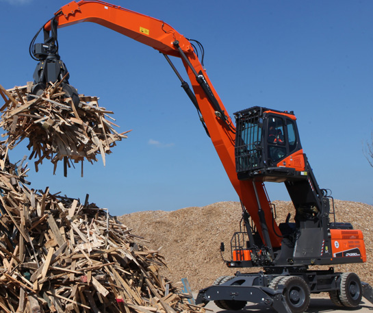 Excavator roti 25t Doosan utilaje ircat material handler