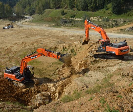 Excavatoare senile Doosan utilaj cariera agregate ircat