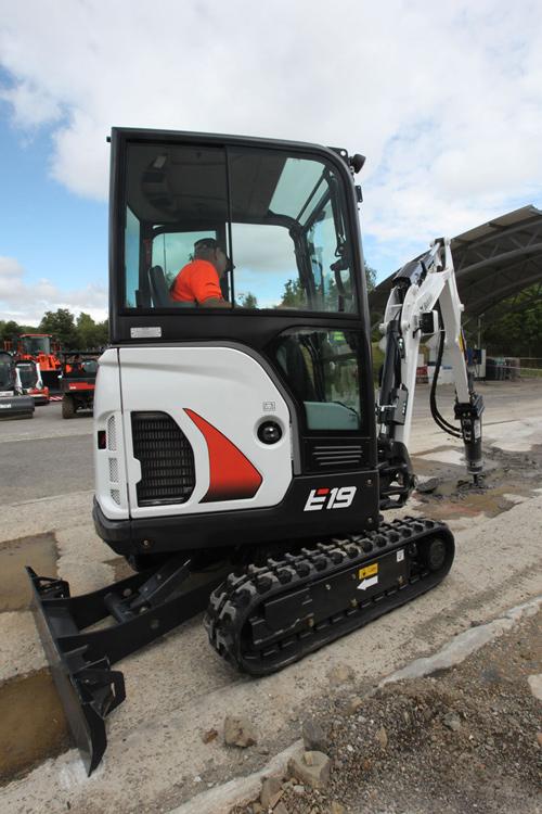 Excavator compact senile Bobcat Ircat