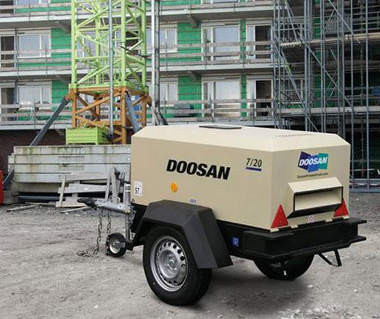 Compresor aer portabil Doosan utilaje ircat